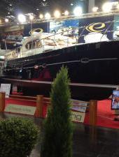 Cдана 250-я яхта Elling.